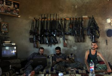 """المُعارضة المسلّـحة السورية: """"الأمْـــرُ لِـي"""""""