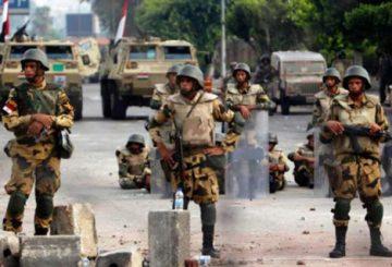 مصر والعودة إلى السلطوية