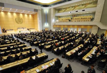 جدل الموارد والتنمية والديمقراطية